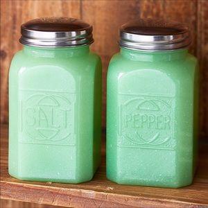 NWT! Vintage Style Green Glass Salt/Pepper Set